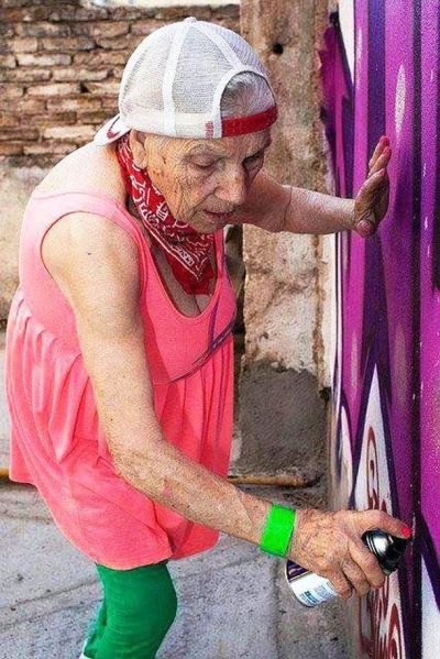 Old lady tagger
